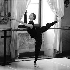 Svetlana Zakharova in class