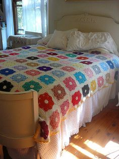 One day I'll feel like working on a quilt for weeks... :)