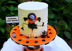 witch flying into a cake...cute!