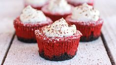 Red-Velvet-Mini-Cheesecake-Pies_hero