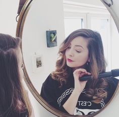 She is honestly by beauty guru, fashion idol and woman crush xD Zoe Sugg, Fashion Idol, Wand Curls, Woman Crush, Girly Things, My Hair, Curly Hair Styles, Hair Makeup, Makeup Tips
