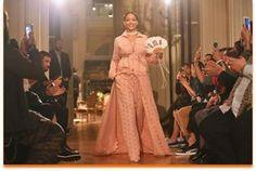 Fenty Puma by Rihanna presenta sus primeros diseños para primavera-verano 2017 en París - Ediciones Sibila (Prensapiel, PuntoModa y Textil y Moda)