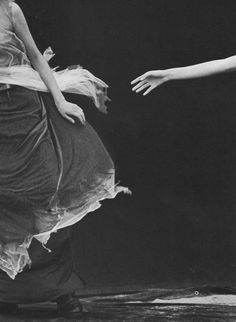 A windy summer, by Peter Lindbergh, Vogue Italia, 1999.