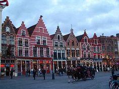 Google Image Result for http://wikitravel.org/upload/en/thumb/4/40/Brugge1.jpg/350px-Brugge1.jpg