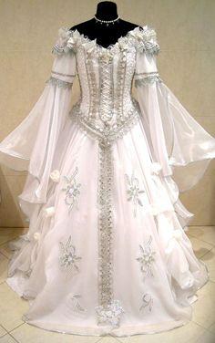 renaissance faries | Renaissance, fairy wedding dress - beautiful | Ballerinas and Brides ...