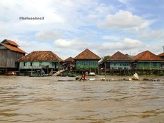 Indonesia: Musi River, Palembang, S. Palembang, Traditional House, Middle, Houses, Asian, Culture, River, Mansions, Architecture