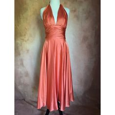 Marilyn Monroe self-tie halter midi dress Quite small, but very beautiful silk and flowy Dresses Midi