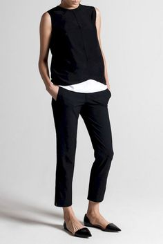 Minimalist fashion style to copy this season Stile di moda minimalista da copiare in questa stagione Work Fashion, Urban Fashion, Trendy Fashion, Classic Fashion, Fashion Black, Womens Fashion, Style Fashion, Fashion Spring, Minimal Fashion Style