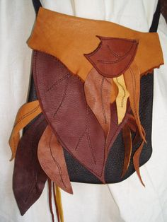 Hey, I found this really awesome Etsy listing at https://www.etsy.com/listing/94181342/wood-elf-leather-leaf-bag