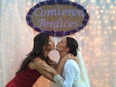 #decoracióndebodas #bodaconluces #weddingplanner #seatingplan #candybar #centrosdemesas #centrepieces #flowerdeco #siemprevivas #fotocall #photocall #photoboth #decojaima #farolillos #decoparty #comieronperdices