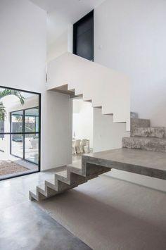 Escalier design beton et blanc