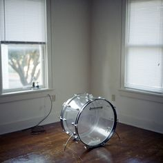 norwegian wood - I could live with a drum set like this…really. Ok Kid, Drums Beats, Norwegian Wood, How To Play Drums, Drum Kits, Keep It Simple, Great Shots, Percussion, Music Instruments