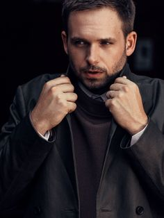 The star of USA Network's sleek, stylish hit opens up about the show's passionate fans, its awkward place in Trump's America, and his now very famous co-star, Meghan Markle. Serie Suits, Suits Tv Series, Suits Tv Shows, Suits Episodes, Patrick J Adams, Suits Usa, Mens Suits, Netflix, Charming Man