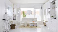 Poco spazio e una casa da arredare. E' il caso di chi vive in monolocali e bilocali. Ma ci sono tante soluzioni. Eccone alcune! http://www.arredamento.it/ristrutturazione/progetti/progetto/arredare-casa-con-poco-spazio.html #arredamentocasa #monolocale #bilocale