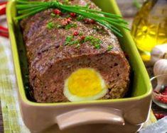 Pain de viande maigre aux oeufs durs : http://www.fourchette-et-bikini.fr/recettes/recettes-minceur/pain-de-viande-maigre-aux-oeufs-durs.html
