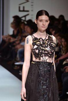 Lucía Chain - Spring-Summer 2015 Buenos Aires Fashion Week  #Frivolite #Tatting #Embroidery #Bordado #luciachain