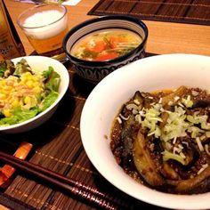 ちょっと中華風な晩ごはん。 麻婆茄子とビールが合うわ〜(*´艸`*)ァハ♪ - 28件のもぐもぐ - 麻婆茄子、コーンサラダ、トマトと水菜のスープ、ビール♪ by usaco123