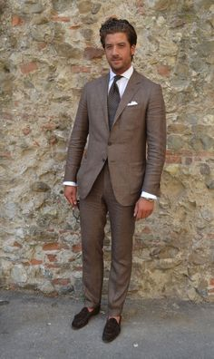 For a look that's polished and absolutely gasp-worthy, opt for a brown blazer and brown dress pants. We're loving how a pair of dark brown suede tassel loafers makes this ensemble complete. Suits Uk, Mens Suits, Suit Men, Brown Suits For Men, Mode Masculine, Style Costume Homme, Armani Suits, Mode Costume, Herren Style
