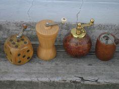 4 moulins à poivre différents