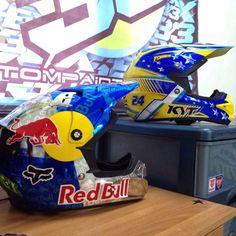 EX33 custom helmet