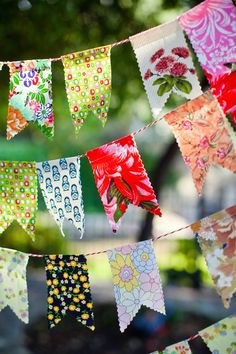 DIY Fabric Bunting, Lovely post about a color filled wedding. I love this bunting the most! ~MWP - Love this easy to create bunting. Not your average bunting. Fabric Bunting, Bunting Garland, Fabric Garland, Fabric Banners, Bunting Ideas, Felt Bunting, Banner Ideas, Buntings, Diy Party Banner