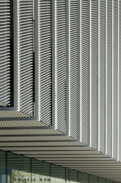 ACXT-Headquarters-Building-At-Science-Park-10.jpg (935×1417)