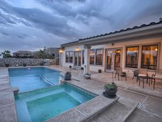 Jacuzzi: Luxe Contemporary Home in El Paso, Texas -- Two Doctors' Dream Home a Done Deal Thanks to an ERA Realtor | Owning the Fence