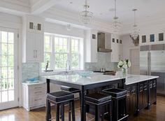 House of Turquoise: Jamie Salomon +  Olson Lewis Architects | white kitchen