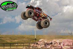 Heavy Hitter / Derick Anson Monster Truck Party, Monster Jam, Monster Trucks, Love Car, Self Driving, Monsters, Racing, Passion, Cars