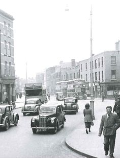 1950s Aungier Street Dublin Street, Dublin City, Old Pictures, Old Photos, Vintage Photos, Dublin Ireland, Ireland Travel, Irish Design, Ireland Homes
