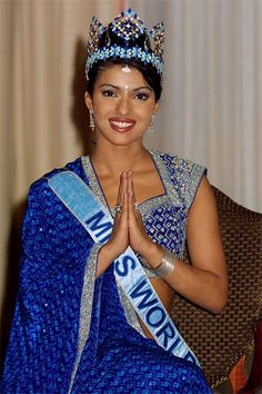 Miss India 2000 priyanka chopra Bollywood Stars, Bollywood Fashion, Priyanka Chopra Birthday, Top Celebrities, Celebs, Most Beautiful Women, Beautiful People, Miss World 2000, Indian Star
