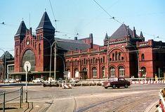 Bahnhof Hamburg-Altona - historisches Empfangsgebäude - kurz vor dem Abriss 1974