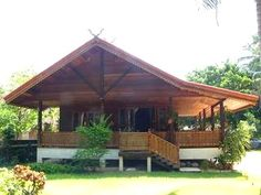 Tamarind Lodge Mae Nam Beach A walk from Mae Nam Beach, Tamarind Lodge offers a spacious two-bedroom villa with full standard facilities. Guests enjoy free Wi-Fi, which is available in the entire property. Free on-site parking is also provided. Bamboo House Design, Bungalow House Design, Wooden Lodges, Bali, Thai House, Rest House, Beach Bungalows, Log Cabin Homes, New House Plans