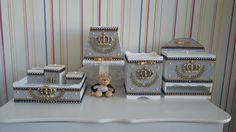 kit infantil para quarto de bebe mdf dourado - Pesquisa Google Kit Bebe, Baby Kit, Alice, Decorative Boxes, Diy Crafts, Home Decor, Jackson, Bb, Baby Art Crafts