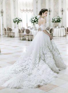 Dress: Olga Malyarova