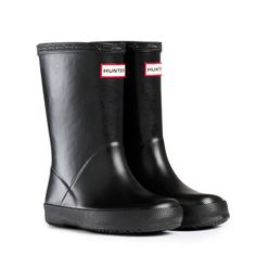 Unisex Kids Hunter Kids First Classic Rain Snow Waterproof Wellingtons - Black - 13 - Hunter Kids First Classic. Nylon Lining. Hunter Branding On Front. Hunter Boots Kids, Baby Hunter, Toddler Rain Boots, Black Hunter Boots, Girls Rain Boots, Hunter Kids, Hunter Rain Boots, Kids Boots, Black Boots