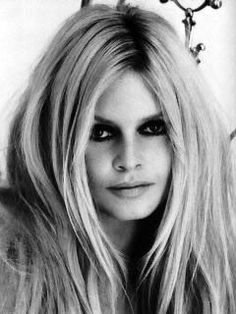 Bridget Bardot = timeless beauty inspiration