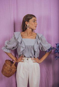 Fashion Week, Look Fashion, Womens Fashion, Fashion Design, Boho Vintage, Blouse Vintage, Marie Antoinette, Vintage Inspiriert, Denim Fabric