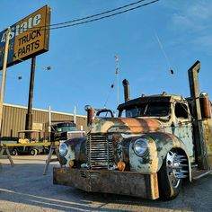 """The rat rods have my full attention. I finally found a show truck no one cares if I touch. And these things are something else, let me tell you. They might not be shiny, but they're su…"