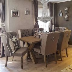 Credit: @hanas_home ✨  #norge #nordisk #norway #nordiskdesign #design #interior #interiør #inspirasjon #inspo #relax #light #home #hjem #instahome #instahjem #repost #stil #stilrent #living #life #kos #koselig #spisestue #dinnertable