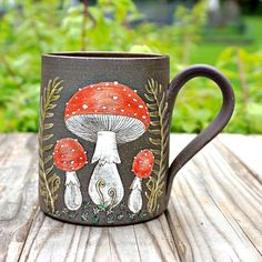 Hand Painted Mugs, Painted Pots, Hand Painted Ceramics, Little Gardens, Pottery, Tableware, Artwork, Projects, Gifts