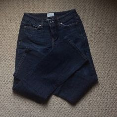 Aeropostale Boot cut Jeans Aeropostale boot cut jeans in a size 3/4 short. EUC. Accepting all offers! Aeropostale Jeans Boot Cut