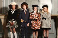 BONPOINT - Najbardziej francuska z francuskich marekdziecięcych.Kwintesencjafrancuskiego stylu. Klasyczna, grzeczna, ale tez pełna nonszalancji.Proste bawełniane sukienki, piękne wełniane płaszcze