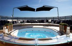 Sealyon, a super yacht combining glamour and contemporary design - to discover www.themilliardaire.co