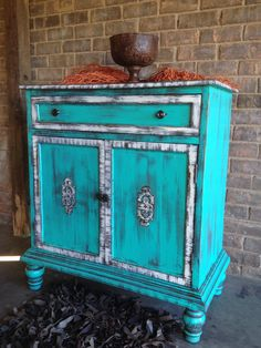 By Sisters Revamp Ranch Tantalizing Teal & Turquoise Accent Furniture, Rustic Furniture, Painted Furniture, Diy Furniture, Redoing Furniture, Furniture Projects, Wood Projects, Coffee Table Hacks, Caribbean Decor