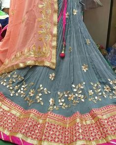 Bandhani Dress, Lehnga Dress, Shadi Dresses, Indian Gowns Dresses, Saree Blouse Neck Designs, Lehenga Designs, Rajasthani Dress, Rajputi Dress, Designer Bridal Lehenga