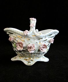 Vintage White Pink Applied Flowers Basket Weave Gold Gilt Floral Basket #vintage #pink #basket #floral