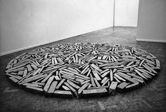WHITECHAPEL SLATE CIRCLE by Richard Long, 1981