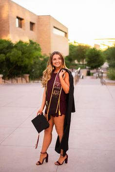 graduation celebration outfit graduation celebration pictures graduation poses Graduation is conducted Friday in an official ceremony, attended by loved ones and friends. Graduation is an important life event for those students a. Nursing Graduation Pictures, College Senior Pictures, College Graduation Pictures, Graduation Picture Poses, Graduation Portraits, Graduation Photography, Graduation Photoshoot, Grad Pics, Senior Pics