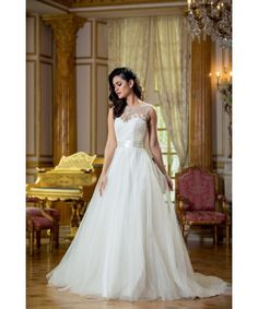 Verise Bridal 'Mila' Princess Ballgown Lace Wedding Dress in Ivory size 20 SALE PRICE: £395 RRP: Price: £795
